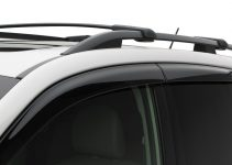 Best Roof Rack Crossbars for Subaru Foresters